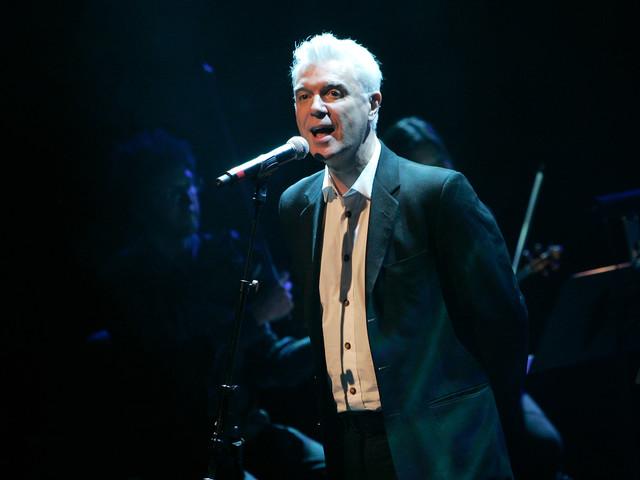 David Byrne kündigt aufwändigste Tour seit Talking-Heads-Zeiten an