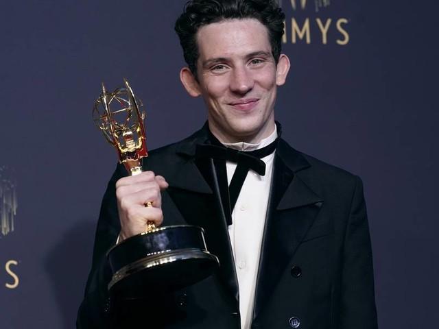 """Emmy Awards: """"The Crown"""" als beste Dramaserie ausgezeichnet"""