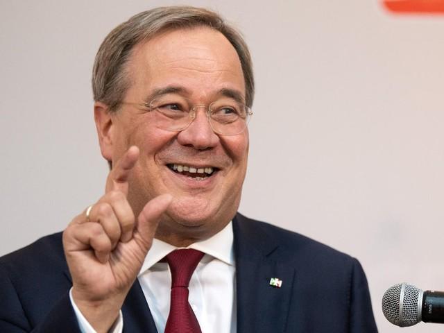 Neues Buch über CDU-Politiker: Laschet-Familie sieht sich als Nachfahren von Karl dem Großen