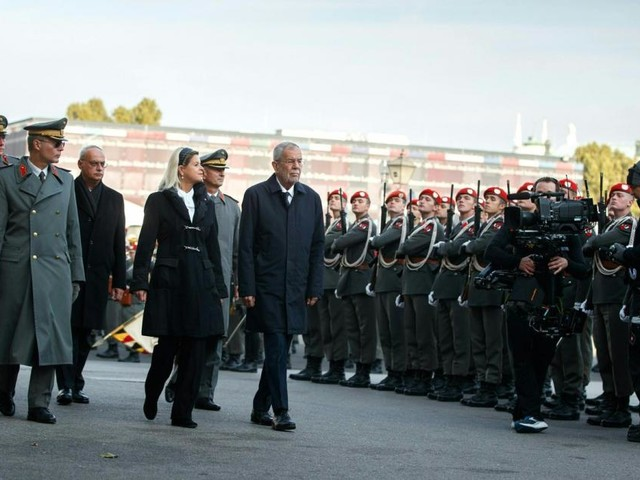 Angelobung am Heldenplatz: Bundespräsident Van der Bellen spricht