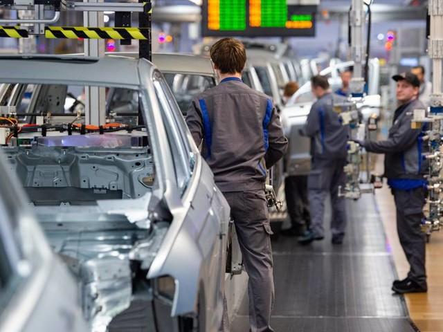 Wegen Chipmangels: Volkswagen meldet Kurzarbeit an