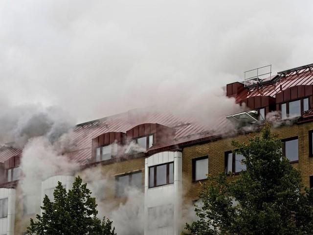 Explosion mit Schwerverletzen in Mehrfamilienhaus in Göteborg