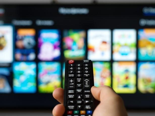 Spotify auf einem Samsung-TV abspielen: So richtest du den Streaming-Dienst ein
