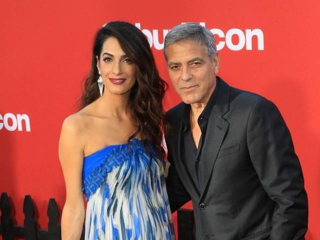 Amal und George Clooney: Promipaar dementiert Schwangerschaftsgerüchte
