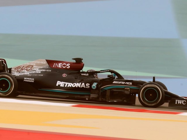 Bereits am ersten Formel-1-Tag strauchelt Mercedes