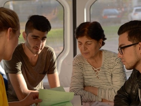 Juristische Beratungsstelle für Flüchtlinge auf Rädern