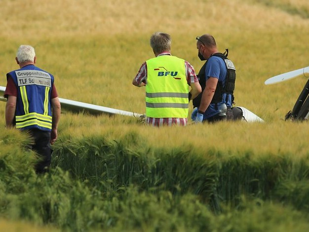 72-Jähriger: Pilot stirbt bei Absturz eines Ultraleichtflugzeugs