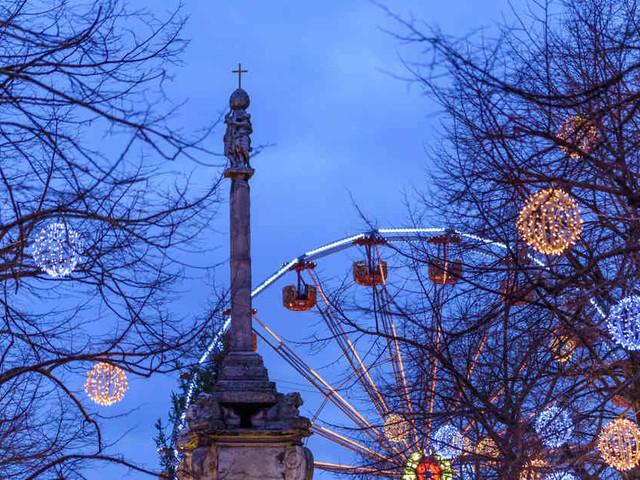 Lütticher Flair: Originelle Geschäfte, urige Kneipen und ein weihnachtliches Dorf