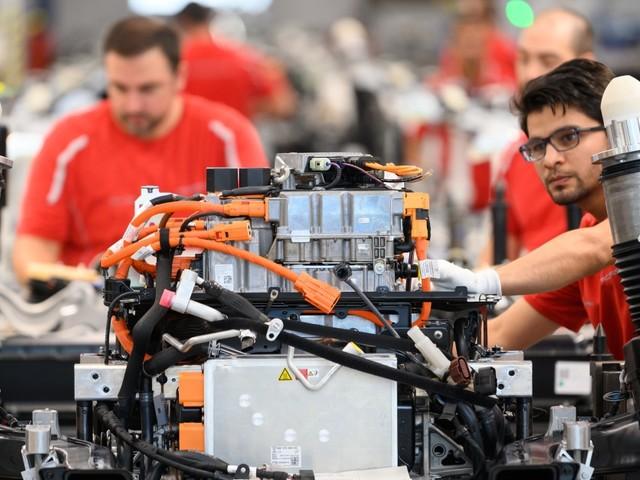 Ifo-Geschäftsklimaindex: Stimmung der Unternehmen kühlt sich ab