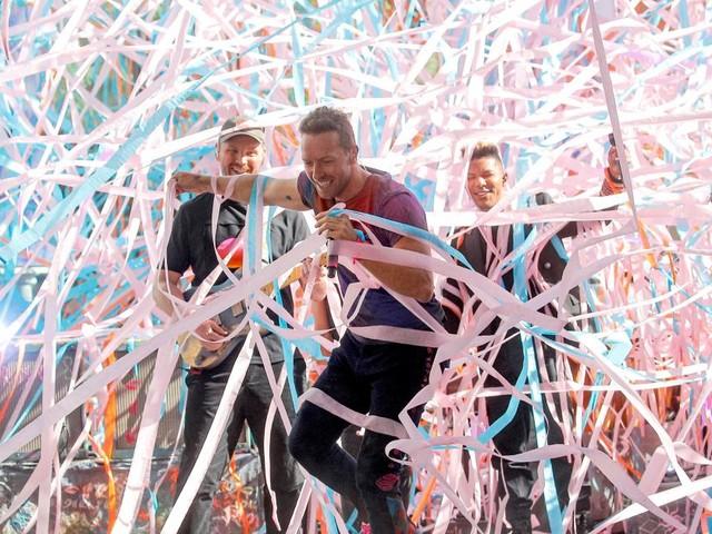 """Neues Coldplay-Album """"Music Of The Spheres"""" kommt im Oktober"""