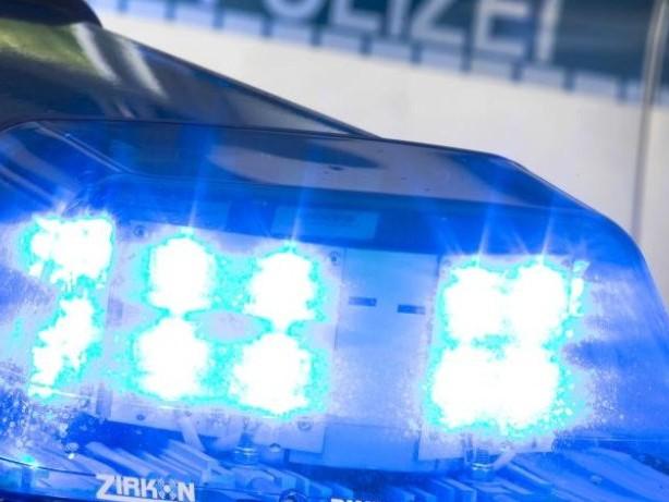 Polizei: Polizei twittert zehn Stunden lang jeden Notruf