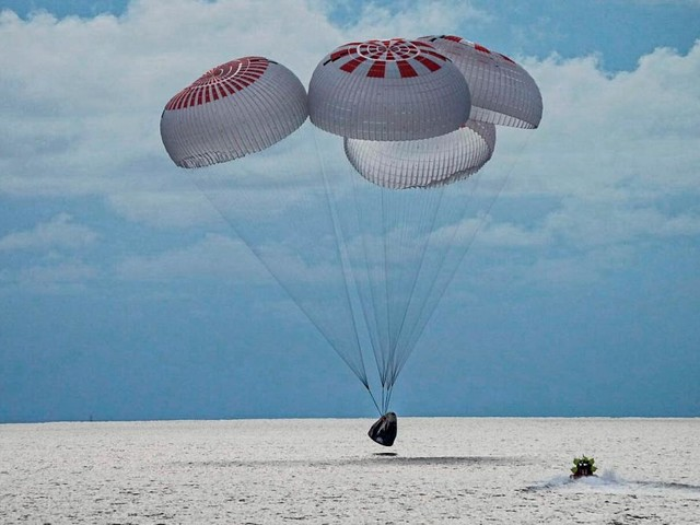 Die ersten Weltraumtouristen sind zurück auf der Erde