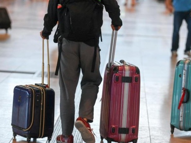 Luftverkehr: BER verzeichnet erstmals mehr als 50.000 Passagiere am Tag