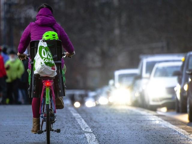Warum sind der Stadt Frankfurt die Fahrradfahrer egal?