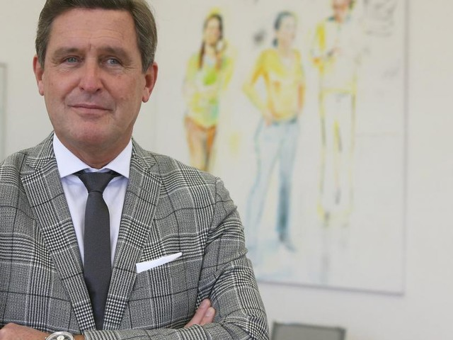 """Stadtrat Peter Hanke: """"Frühere Impfung für Gastro-Personal"""""""