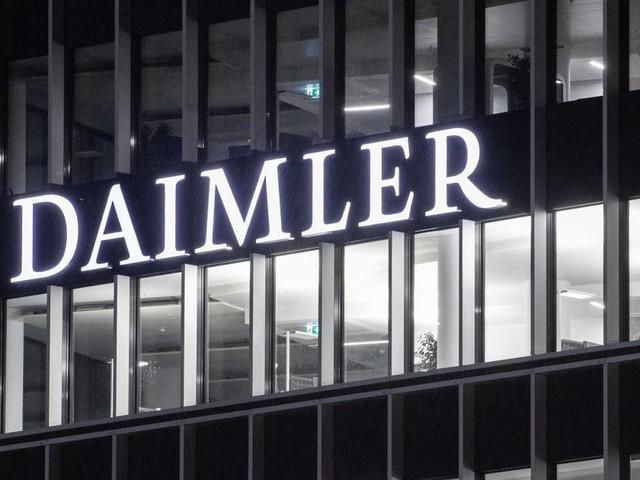 Daimler macht Batterie-Allianz mit Stellantis und Totalenergies