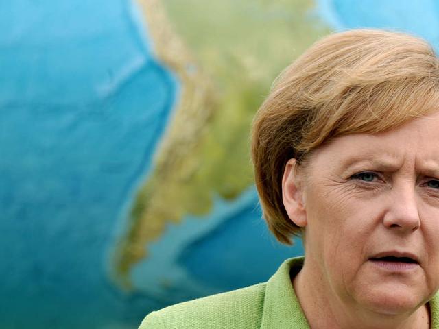 """Berühmter Nobelpreisträger greift Merkel heftig an: """"Die Welt hat ein Deutschland-Problem"""""""