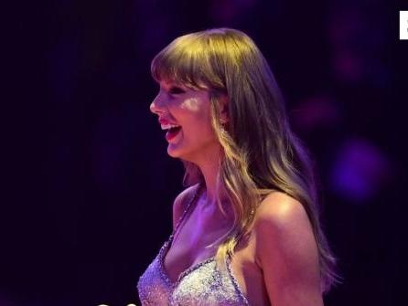 """Taylor Swift kündigt Neuaufnahme von """"Red"""" an"""