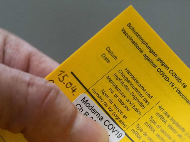 Wie sicher ist der Moderna-Impfstoff? Neuer Sicherheitsbericht meldet 107 schwerwiegende Nebenwirkungen