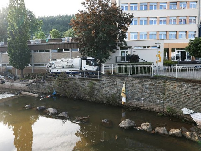 Nach Flutkatastrophe: Experten befürchten belastetes Wasser für Monate