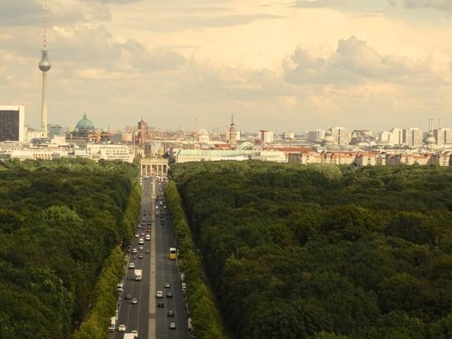 Berlin plant Fashion Hub, der innovative und nachhaltige Mode fördert