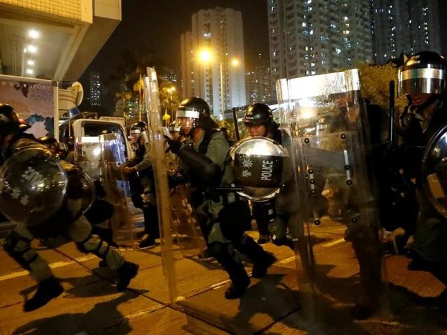 Neue Gewalt zwischen Demonstranten und Polizei in Hongkong