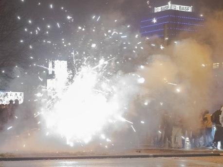 Nach Übergriffen auf Polizei: Böllerverbot für zwei Brennpunkte in Berlin