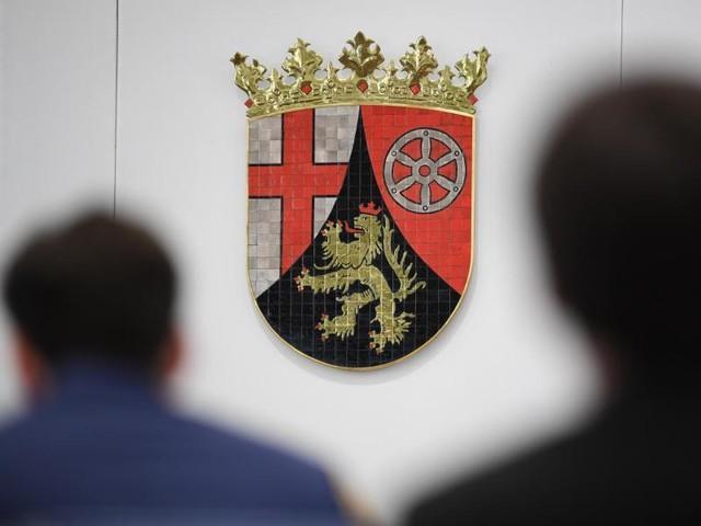 Landtag debattiert über Personalpolitik in Rheinland-Pfalz