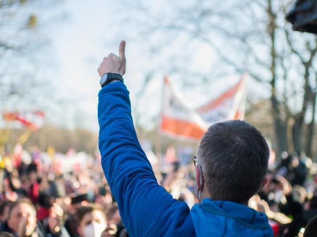 Die FPÖ und Corona: Es ist kompliziert
