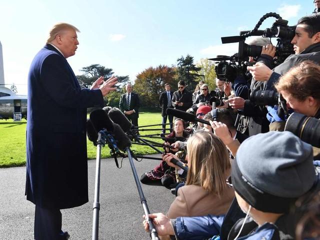 Amtsenthebung: Donald Trump spricht plötzlich von einem zweiten Telefonat