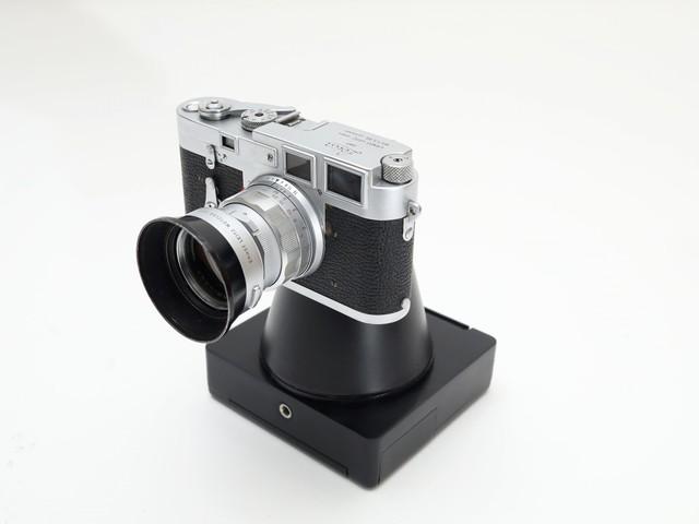 Dieser Aufsatz macht eine Sofortbildkamera aus der alten Spiegelreflexkamera