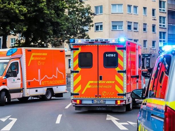 Blaulicht Hagen: Hagen: Zwei Verletzte nach Messer-Attacke in Altenhagen
