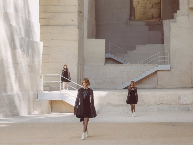 Video: Chanel Cruise 2021/22 Show
