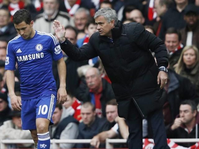 """International: Mourinho: Hazard """"arbeitet einfach nicht viel"""""""