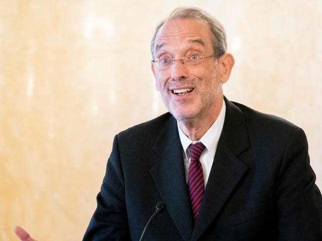 Österreich kauft bis zu 160.000 digitale Endgeräte für Schüler