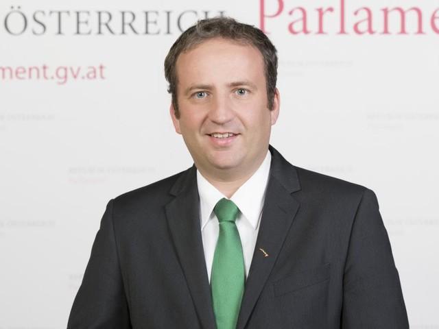 FPÖ ohne Masken: ÖVP-Mandatar verlässt aus Sorge vor Ansteckung das Plenum
