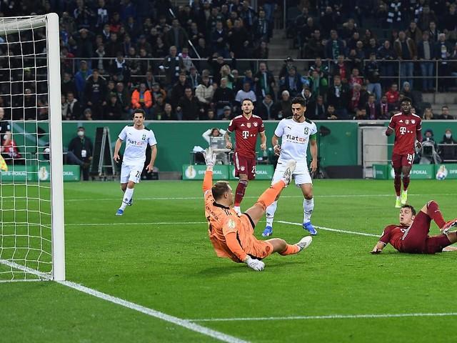 Gladbach gelingt fast alles: FC Bayern kassiert höchste Pokal-Niederlage seiner Geschichte