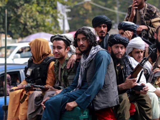 """""""Die Taliban zwingen mich, in die Moschee zu gehen"""""""
