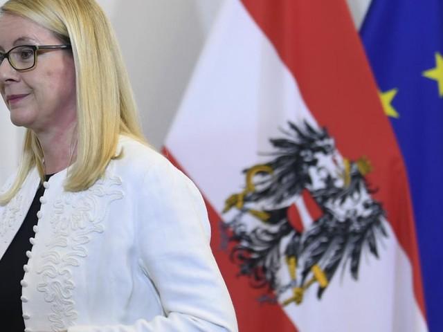 """Schramböck über Koalition-Neuauflage: """"Wer ist die derzeitige FPÖ-Spitze?"""""""