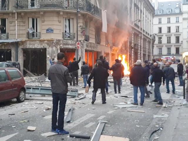 Paris: Explosion in Bäckerei nahe Stadt-Zentrum – Zwei Tote und viele Verletzte