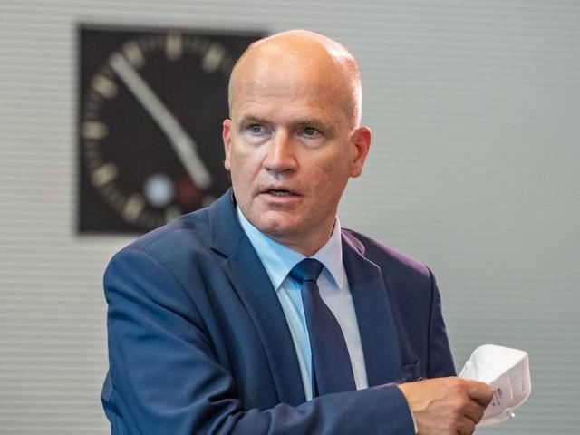 Newsblog zur Bundestagswahl: Brinkhaus für sechs Monate zum Chef der Unionsfraktion gewählt