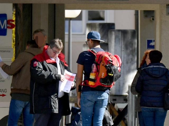 Arbeitslose erstmals unter Vorkrisenniveau - Mit Schulungen darüber