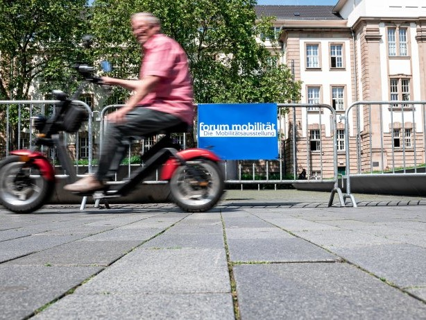 Wissenschaft : Duisburg zeigt die Mobilität und Logistik der Zukunft