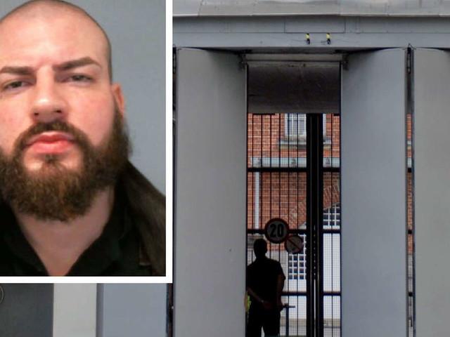 Gefährlicher Häftling auf der Flucht - Polizei warnt: Wer diesen Mann sieht, soll ihn nicht ansprechen