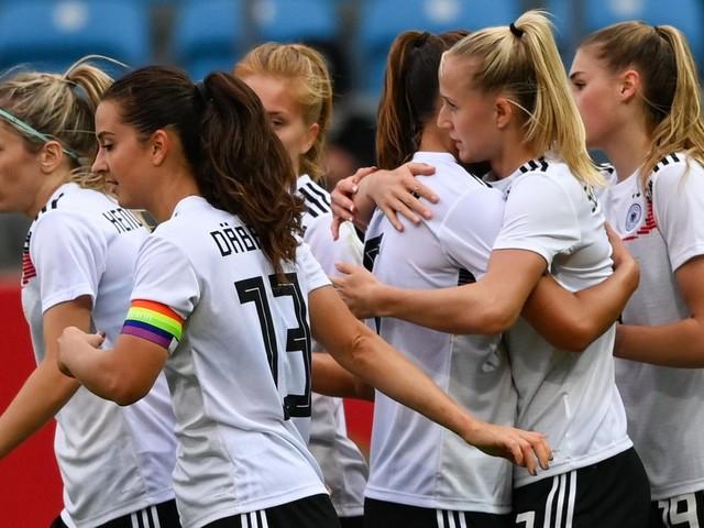 WM-Qualifikation: Vier Tore von Lea Schüller: DFB-Frauen schlagen Serbien deutlich