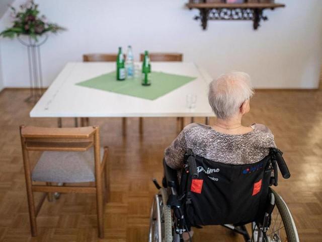 Immer teurer: Eigenanteile für Pflegebedürftige im Heim steigen weiter