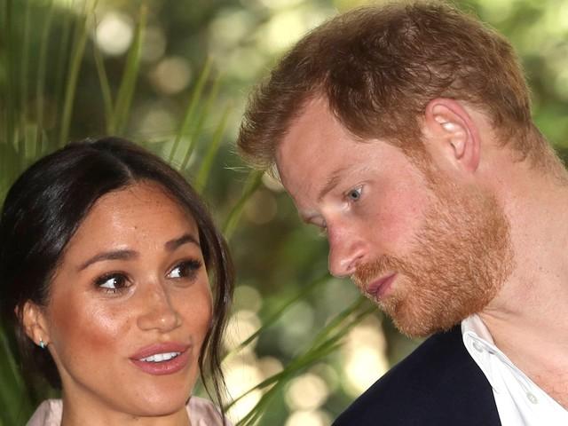 """""""Frage ist, ob er glücklicher wäre"""" - Experte ist sicher: Ohne Meghan wäre Prinz Harry noch immer im Königshaus"""