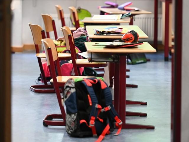 """""""Durchseuchung aller Schüler"""": Lauterbach warnt vor sorglosem Schulstart"""