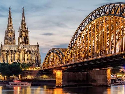 VARTA Führer: Köln Urlaub für zwei Personen kostenlos gewinnen