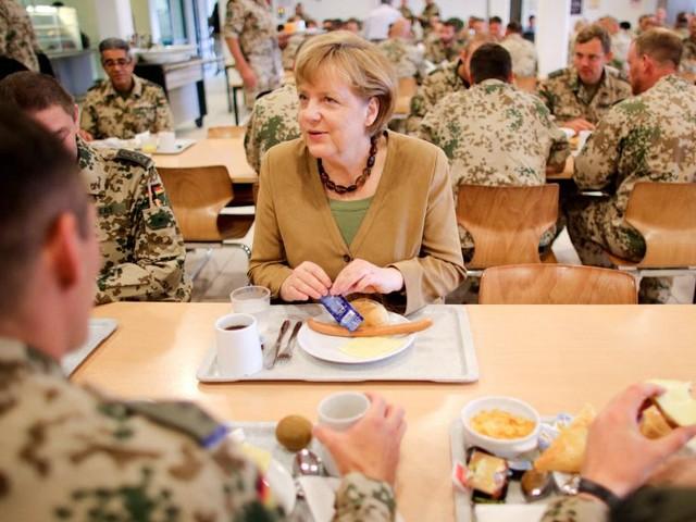 Für 600 Millionen Euro: Deutsche Bundeswehr lässt Funkgeräte aus dem Jahr 1982 nachbauen